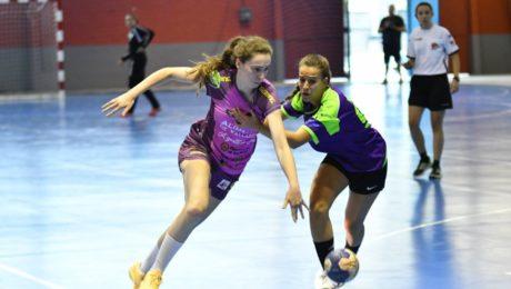 Segunda semifinal de la Copa Castilla y León femenina entre el Aula Alimentos de Valladolid y el HandVall Valladolid. Fotos: Pablo Riega.