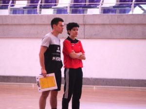 a Rodríguez y Javier Sánchez, seleccionadores del Infantil Femenino.