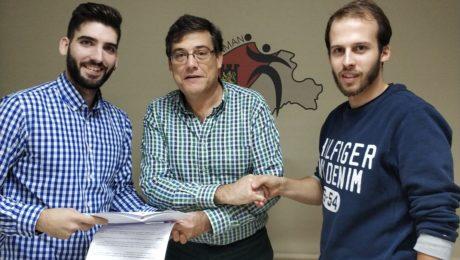 Firma acuerdo ClínicActiva.