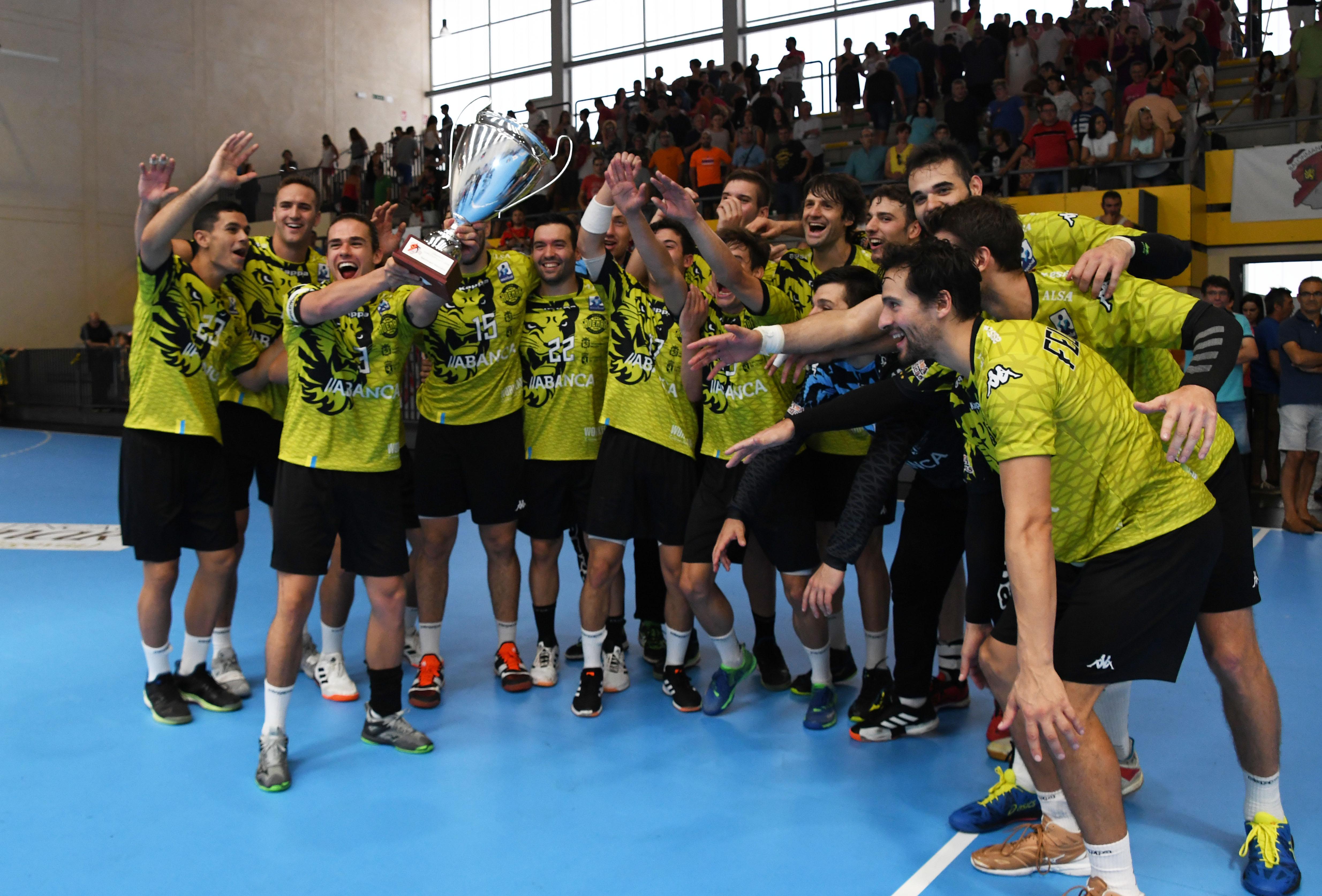 Abanca Ademar León tricampeón de la Copa Castilla y León. Fotos: Daniel Pérez